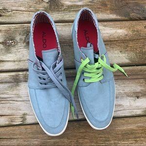 Aldo Pisula soft blue sneakers size 43 with two tones laces checkered interior